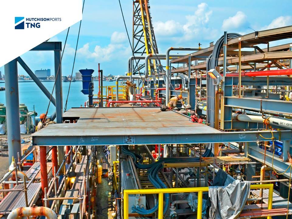 Fabricación e instalación de nuevas estructuras en cubierta.